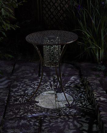 šviestuvas, staliukas, terasos aksesuarai, terasos dekoras,dekoras, led sviestuvai, saules bateriju sviestuvai